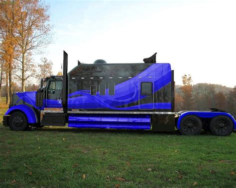 large sleeper trucks picture 6