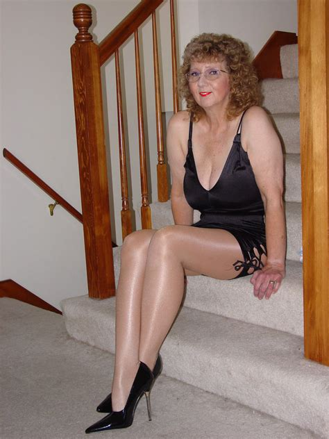 pentyhose granny s picture 1