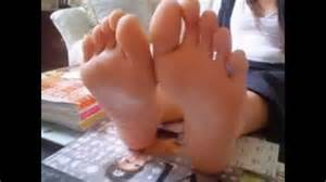woman long soles comparison picture 9
