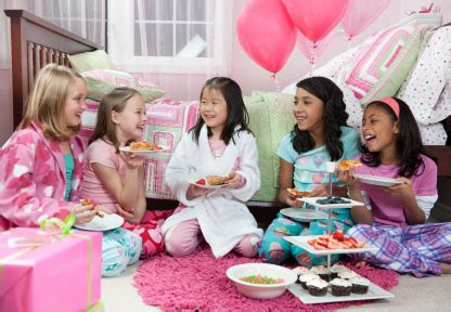 free pictures girls sleepover party picture 21