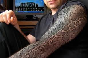 snake skin hands picture 14