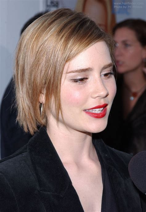 alison lohman hair picture 5