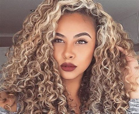 curly hair blonde picture 19