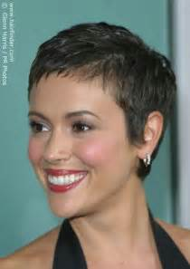 alyssa milano short hair picture 14