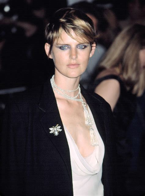 short hair models picture 7