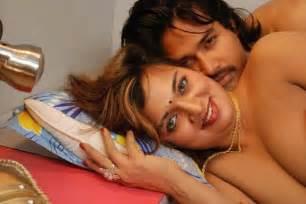 female authors hindi erotic stories picture 6
