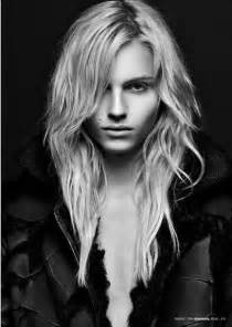 male models with long hair picture 9