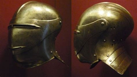 aging military helmet picture 3