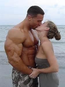 real bodybuilders in muscle erotica picture 15
