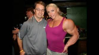 muscle women overwhelming men picture 3