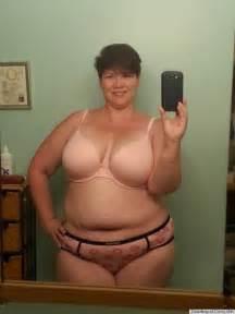 over 50 plump women bath picture 5
