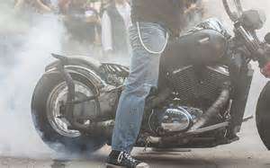 harley smoke picture 1