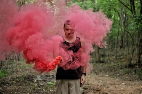 smoke bombs picture 10