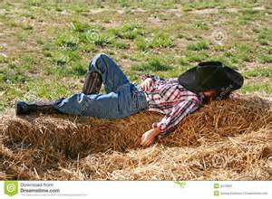 farmer goes to sleep only when picture 2