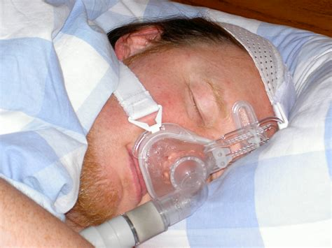 cpap device for sleep apnea picture 3