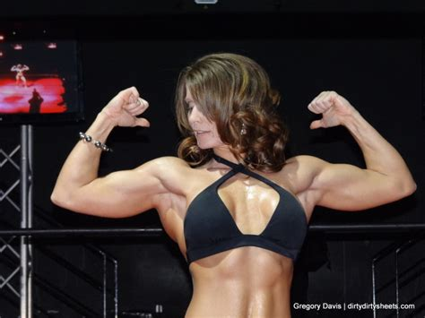 wrestling female with muscles picture 2
