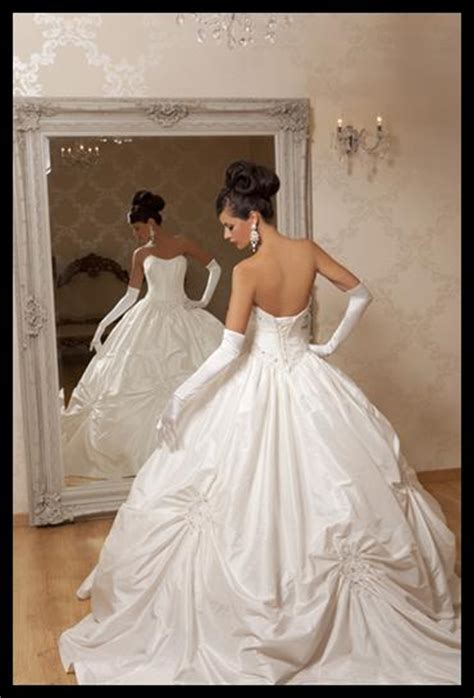lip service brides of paradox gown picture 10