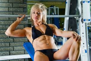 very muscular women wrestling picture 3
