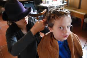 boy in hair curlers story picture 6