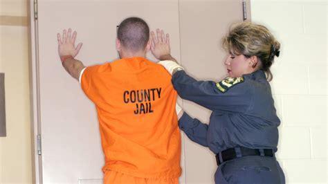 female prison guards male erections picture 10