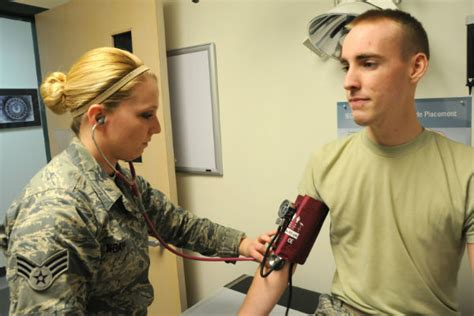 male military physical exam picture 2