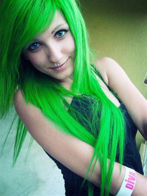 color hair green picture 5