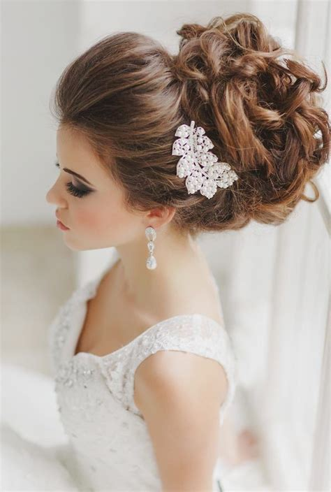 curly hair wedding updos picture 11