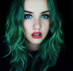 coloring hair green picture 7