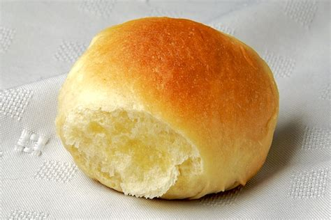 yeast dinner rolls picture 10