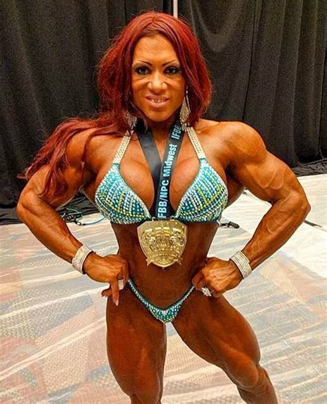 female muscle model clips picture 1