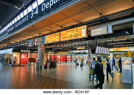 can you smoke in amsterdam airport picture 12