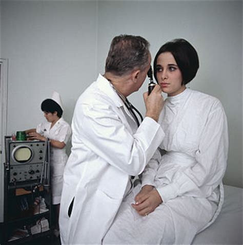 female doctor exams enis picture 9