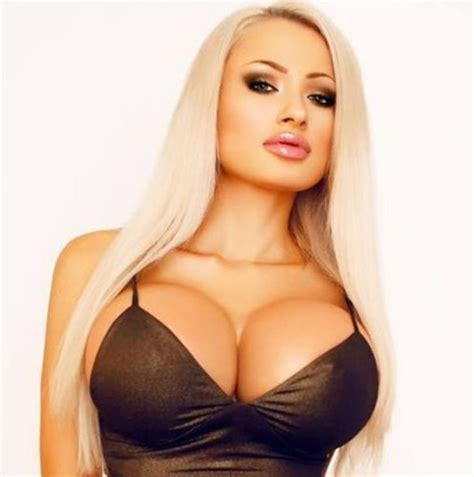 largest breast picture 2