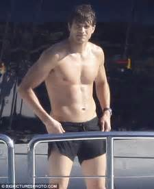 aston kutcher penis picture 2