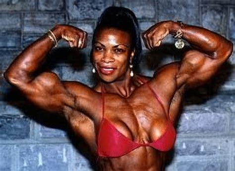 black women bodybuilder in mauricius show picture 6