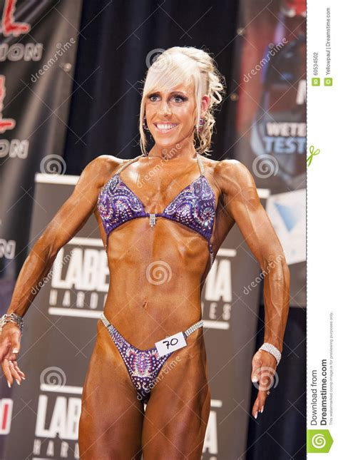 female muscle show picture 2