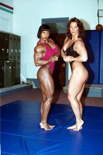 female bodybuilder wrestling picture 6
