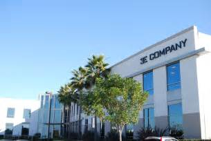 company picture 1