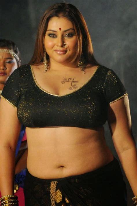 free beautiful face saree big boob south indian picture 4