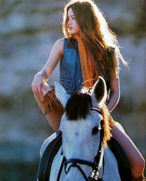 amazon women and girl pony picture 1