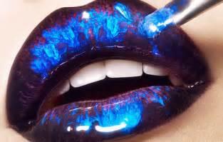 blue lipstick lips picture 14