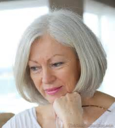 woman's face gradually aging picture 10