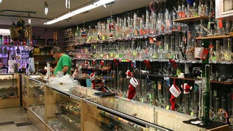 weed smoke shop picture 19
