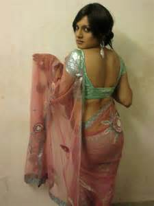 desi story of men crossdressing in saree picture 2