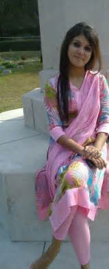 pakistani girls tight salwar body visible picture 16