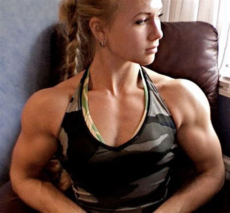 armwrestling muscle women picture 10