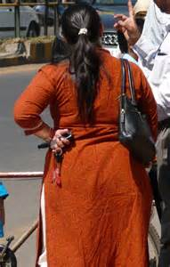 desi fat gaand saree picture 11