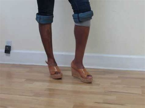 women legs prosthetic picture 3