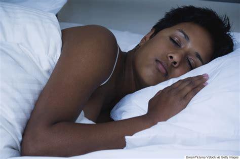 women found sleeping picture 3
