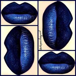 blue based lip stick picture 1